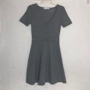 Trina Turk Gray V Neck Sweater Dress A123